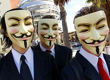 'Cybersecurity hoort op de bestuurlijke agenda', Door Vincent Diamante - originally posted to Flickr as Anonymous at Scientology in Los Angeles, CC BY-SA 2.0, https://commons.wikimedia.org/w/index.php?curid=3809416